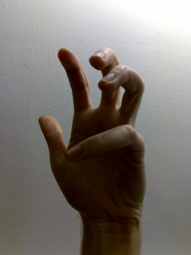 The creepy zombie hand of death! — Tutorials — gimpusers.com